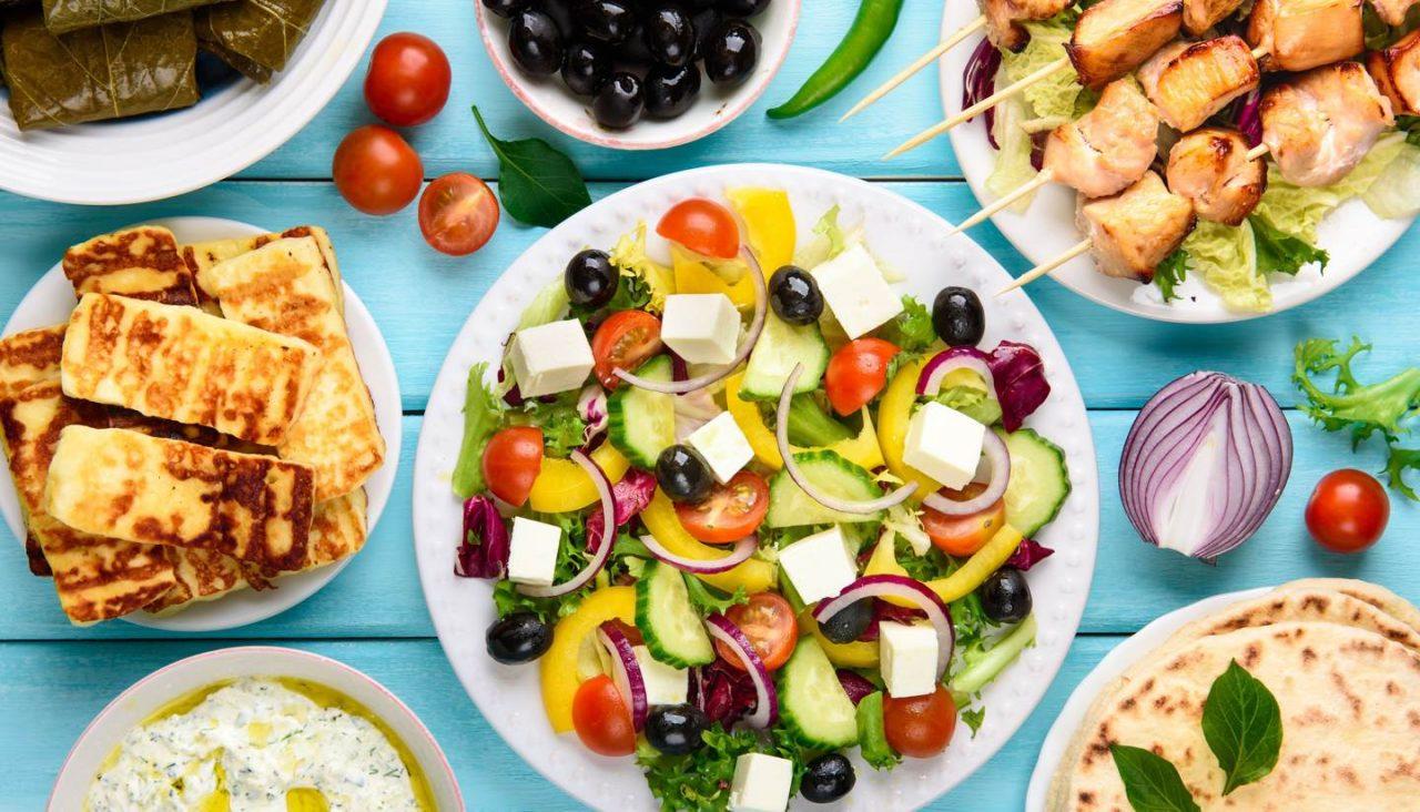 https://www.lagastronomiadiavigno.com/wp-content/uploads/2020/06/shu-Greek-food-533599030-1440x823-1-1280x732.jpg